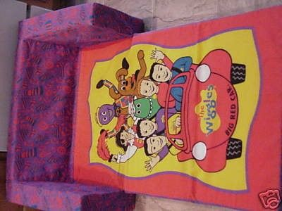 Wiggles Flip Out Couch Sofa Fold Out Bed Sleeper Chair 07