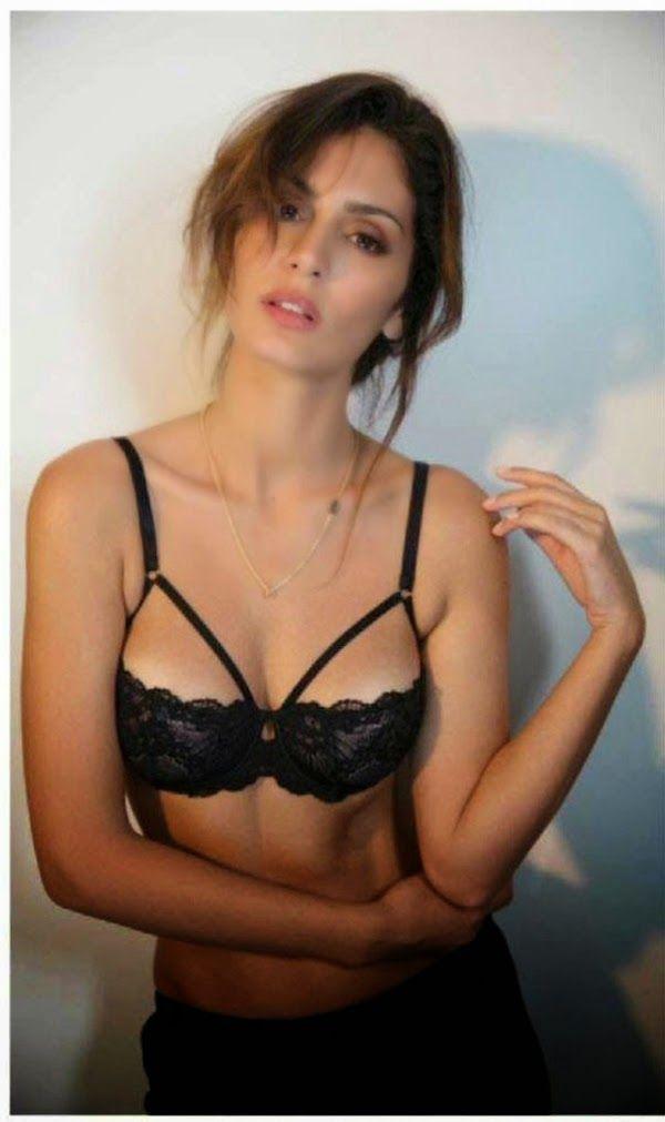 Sexy Bruna photos abdullah