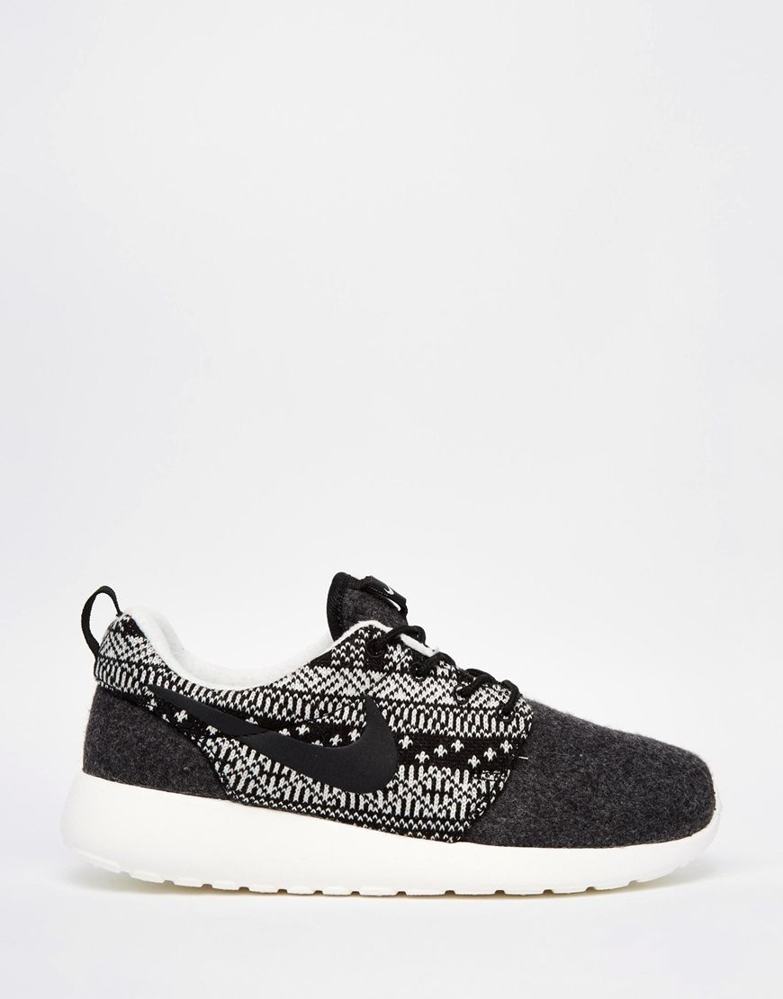 nike roshe run print trainers shoes