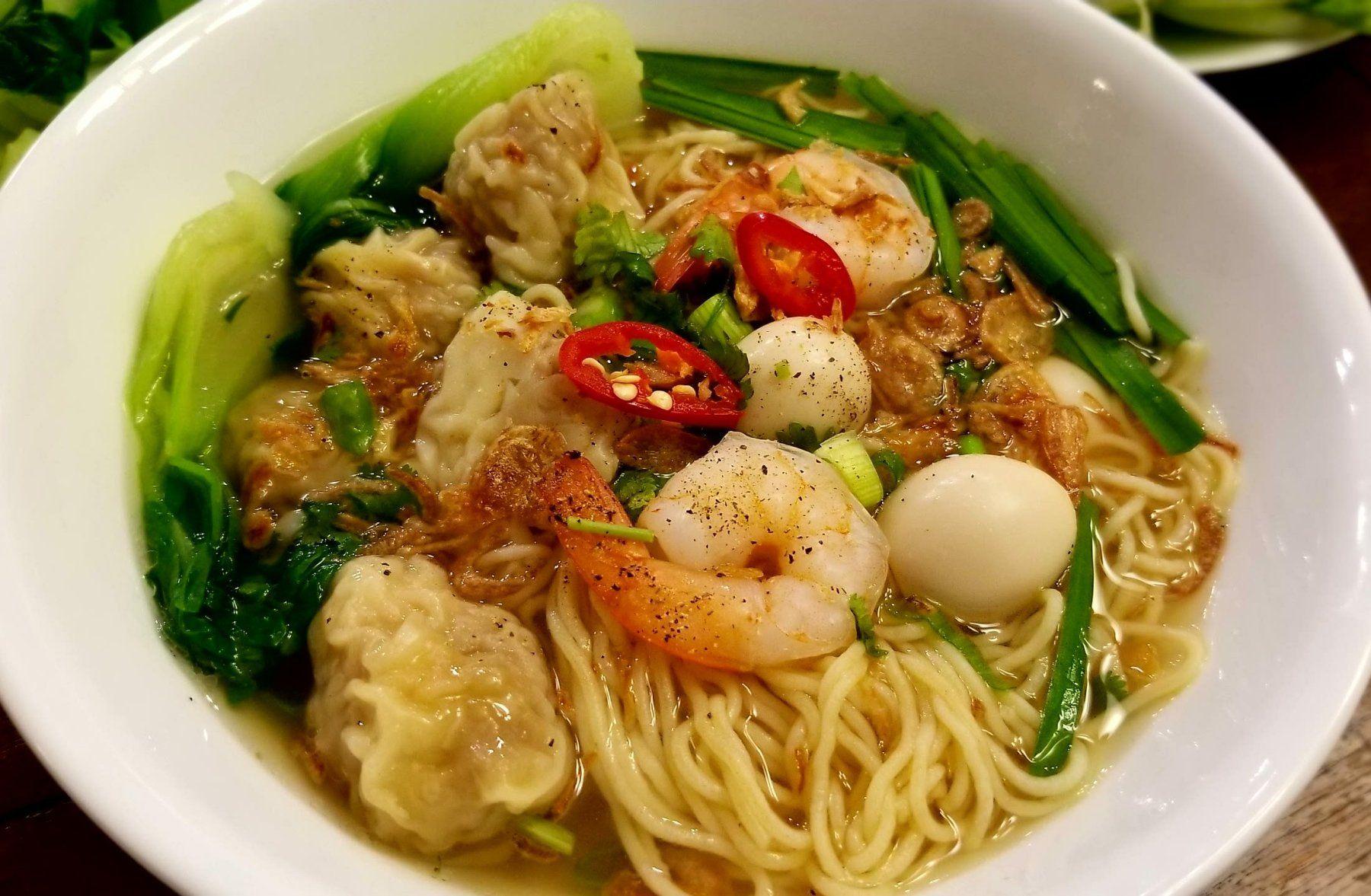 Mì Hoành Thánh Instant Pot (Vietnamese Wonton Noodle Soup
