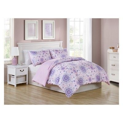 Soft And Snuggly This Pretty Dreamer Lilac Comforter From Vcny
