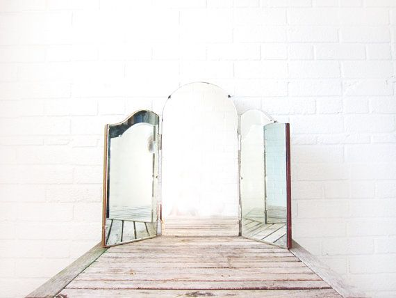 Vintage Vanity Mirror Triptych Trifold Dresser Beveled Art Deco Tabletop Tri Fold Curved Three 3 Sided
