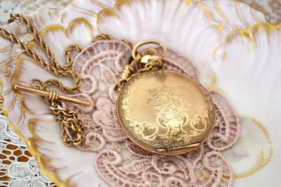 Jennelise: Vintage Accessories