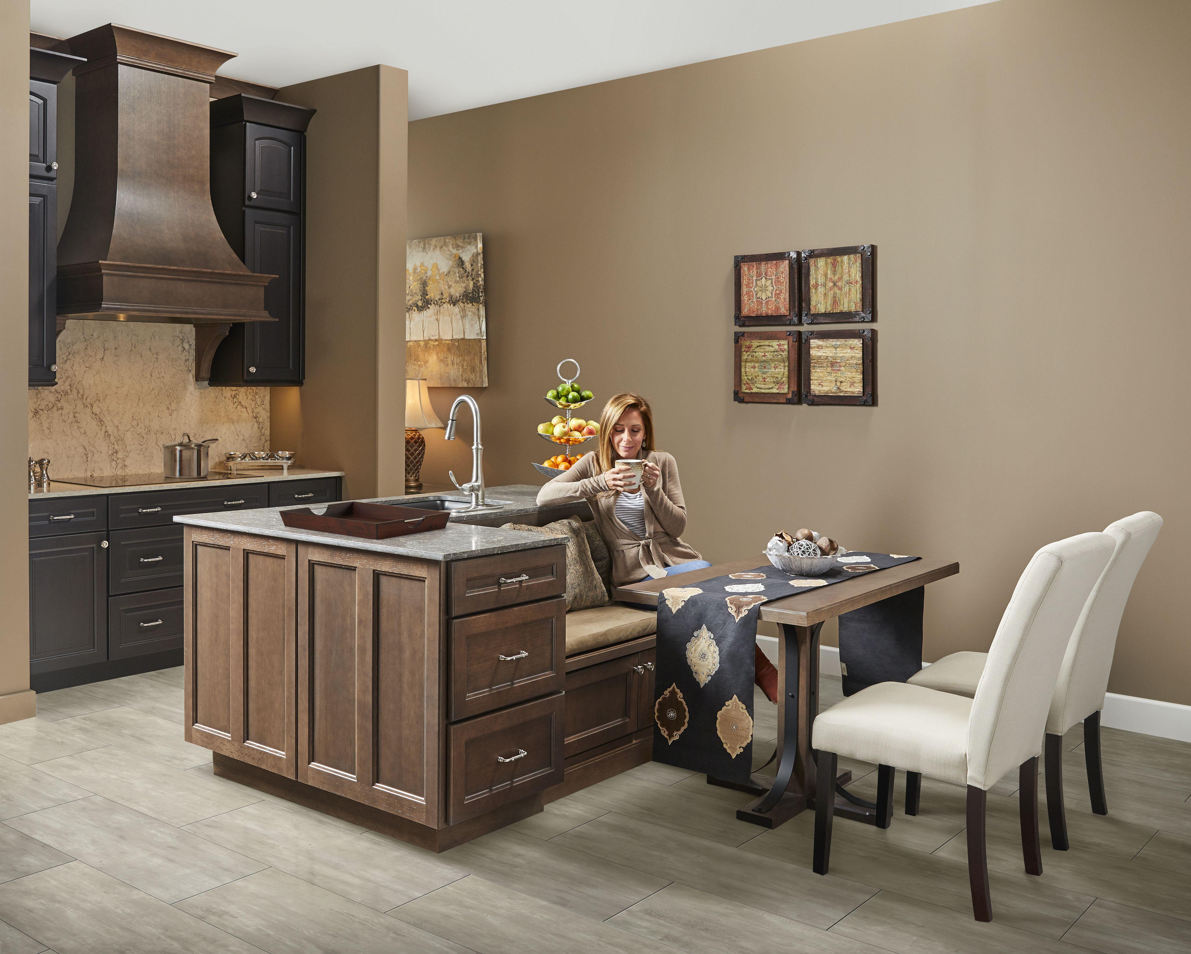 Traditional Farmhouse Kitchen Kitchen Cabinet Inspiration Wellborn Cabinets Quality Kitchen Cabinets