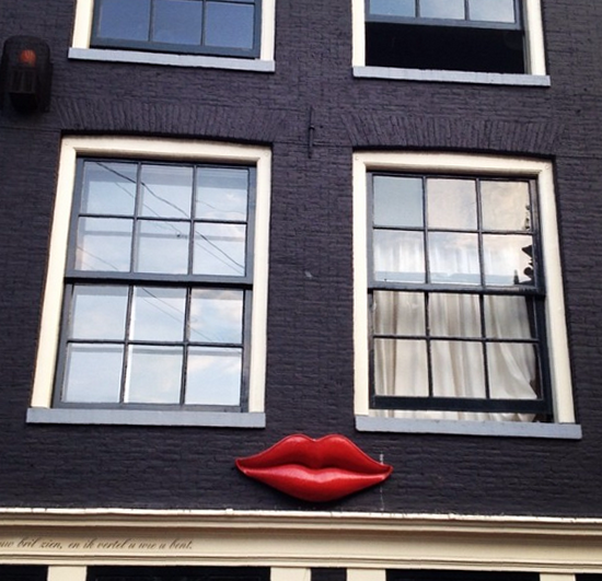got so much love for this lips signage amsterdam