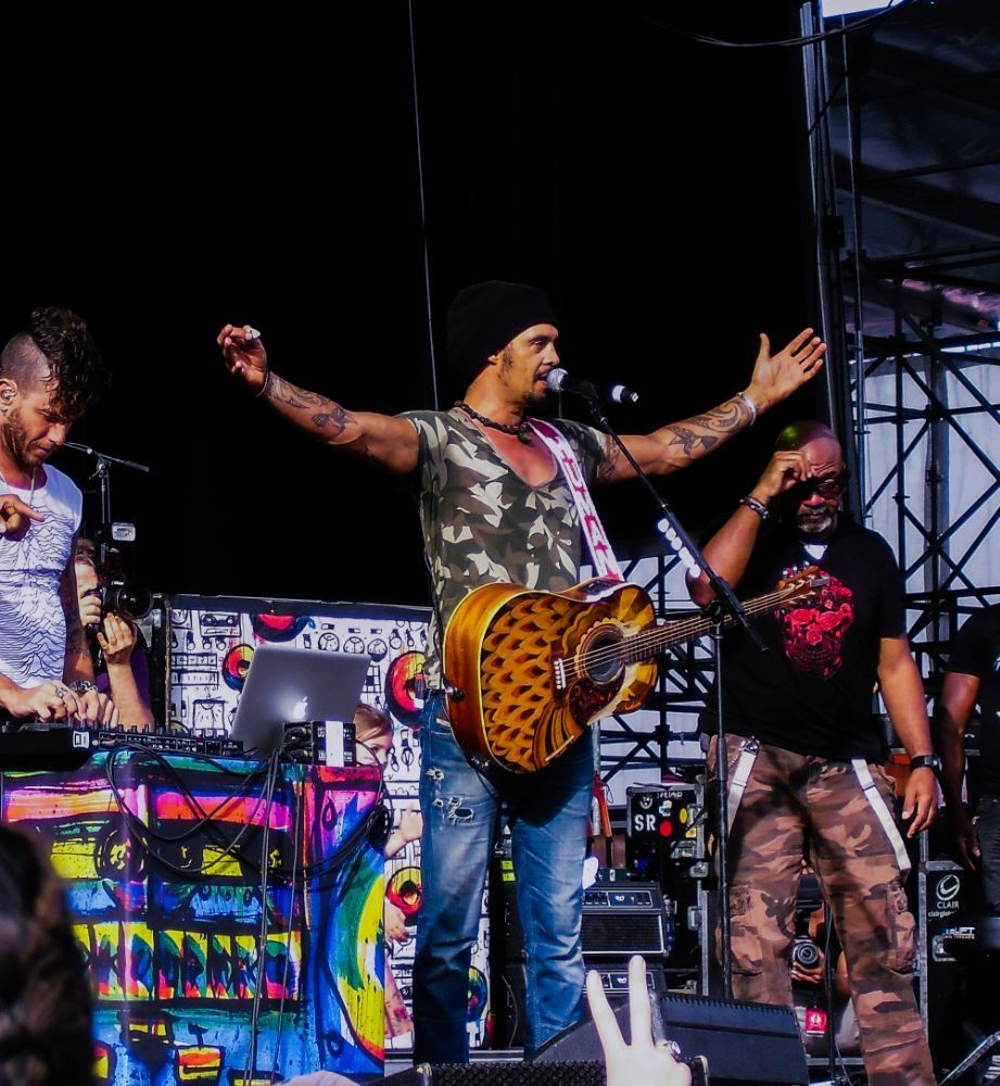 Michael Shemesh: Michael Franti And Spearhead By Ruth Silvers