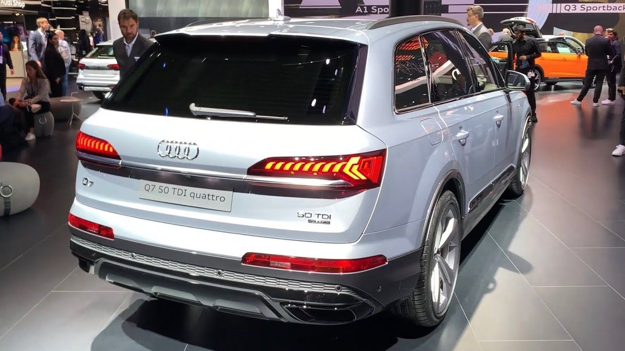 Audi Q7 Facelift 2020 First Look Review What S New S Line 50 Tdi In 2020 Audi Q7 Audi Tdi