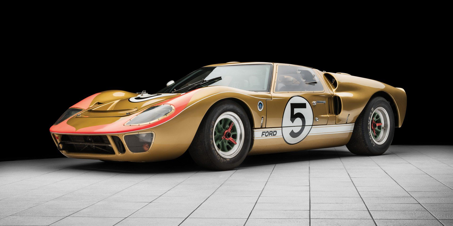 Original Le Mans Conquering 1966 Ford Gt40 Goes Under The Hammer