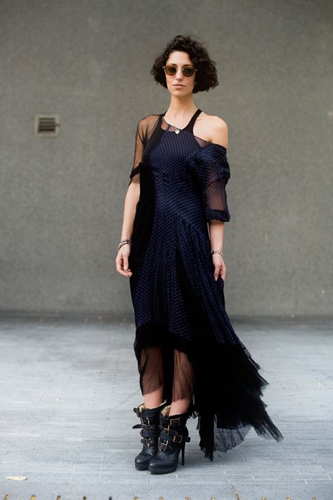 I M Completely Enamoured With The Personal Style Of Australian Fashion Retail Consultant Yasmin Sewell A Fix Classy Outfits For Women Fashion Frock And Frill