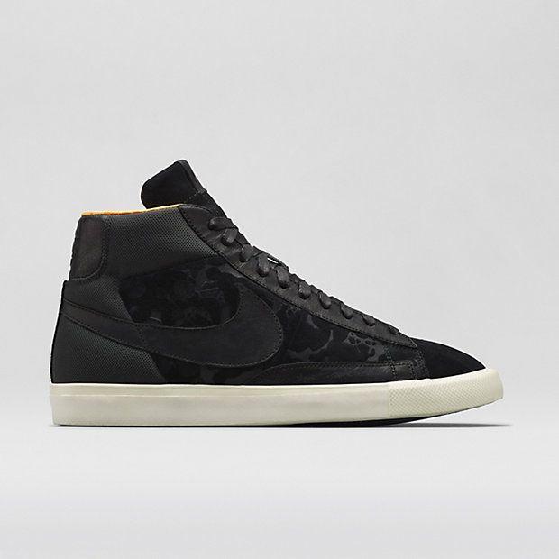 reputable site f9779 899c6 Nike X Mo Wax Blazer High Men s Shoe