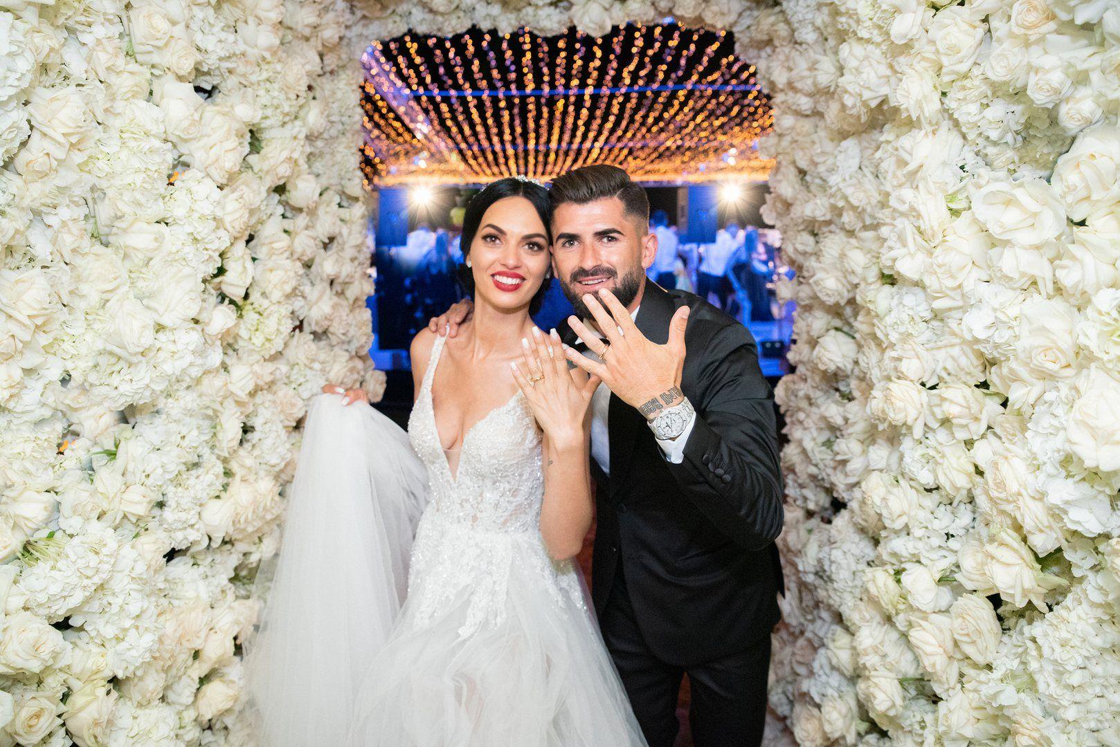Fiorenza Lekstakaj & Elseid Hysaj | Wedding dresses lace, Wedding dresses, Bride