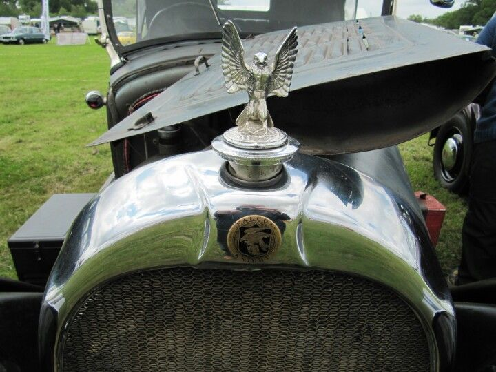 Falcon Knight 1928 Grill Badge And Mascot Car Hood Ornaments