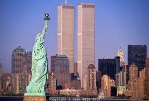 Statue of Liberty Between Twin Towers, World Trade Center at Sunset, New York City, New Jersey,  New York, designed Minoru Yamasaki