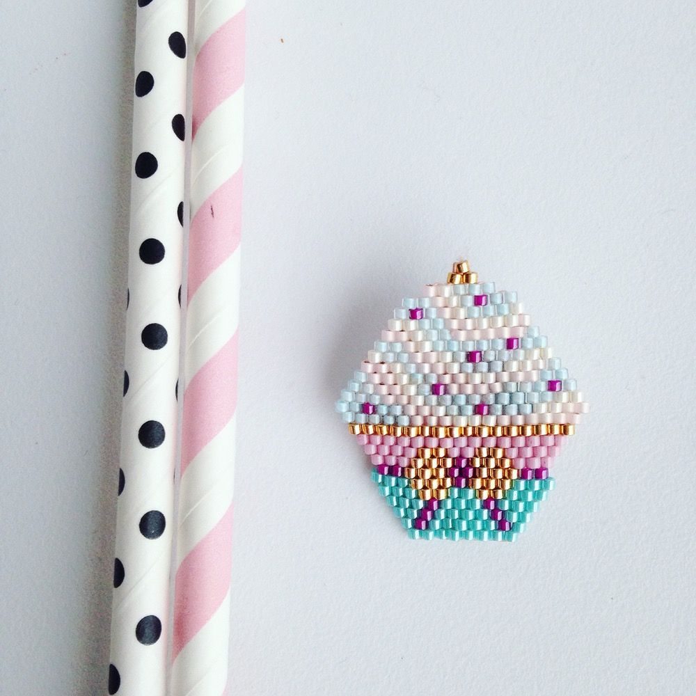 """Image of Diagramme """"Cup Cake"""" en brick stitch"""