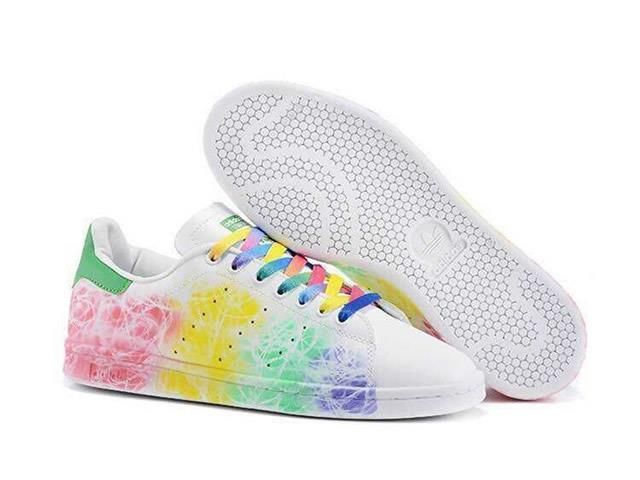 Deportista Polémico suficiente  ADIDAS Stan Smith arc en ciel | Nike shoes women, Nike women, Adidas smith