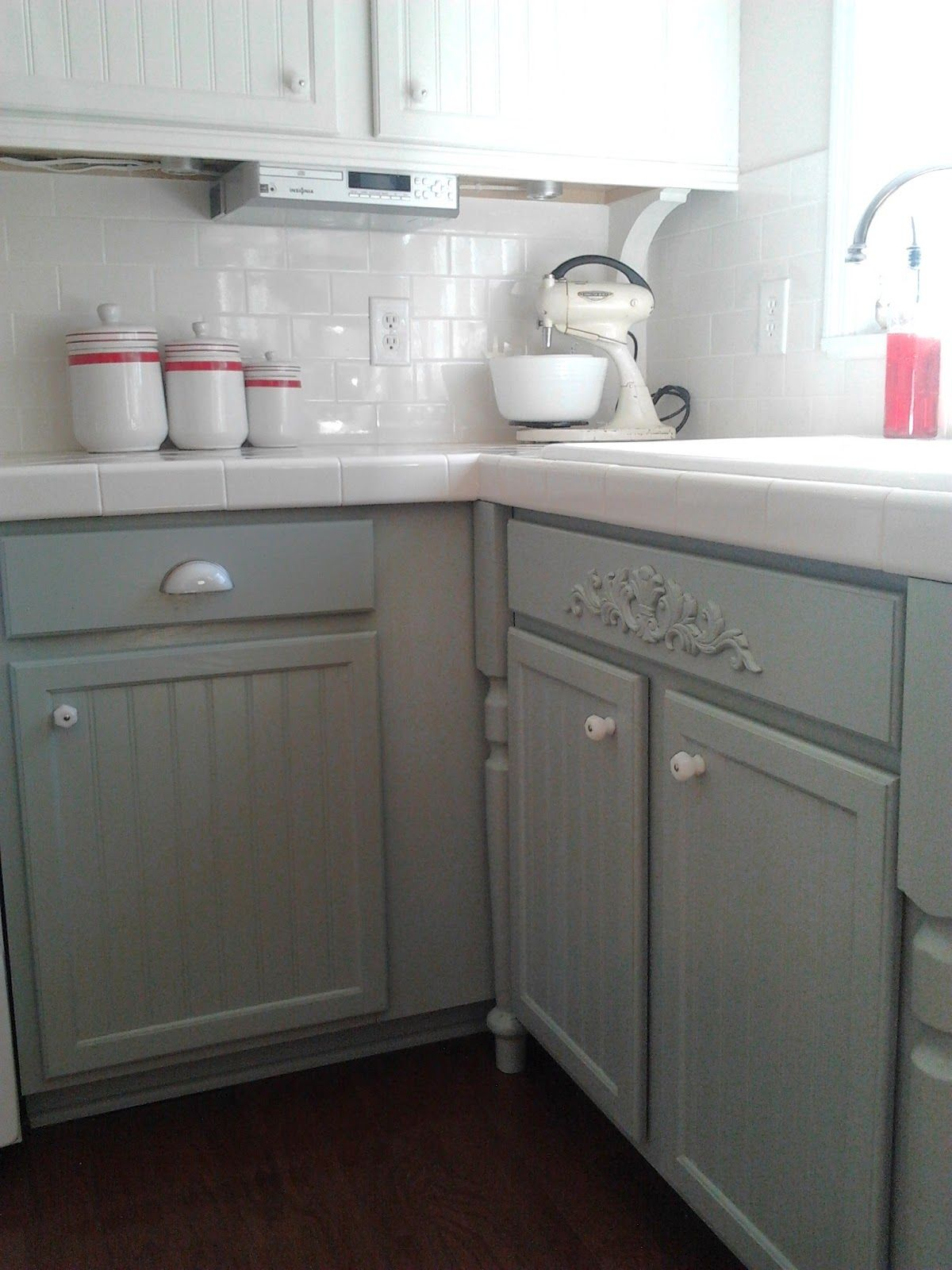 gray and white kitchen makeover with hexagon tile backsplash