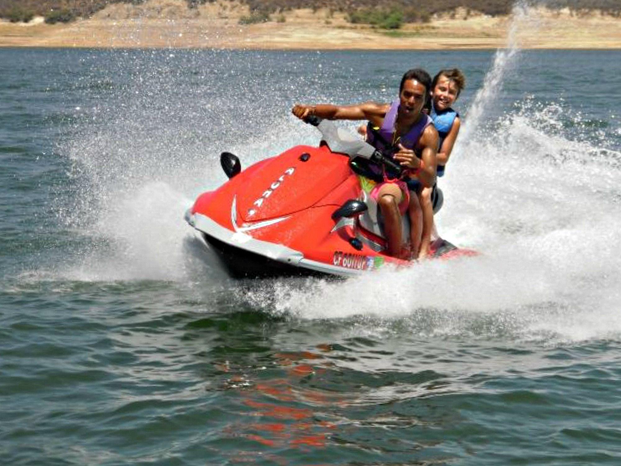 Summer Camp Jet Skiing Aloha Beach Castaic Lake Fun Waverunner Jetskiing Summercamp