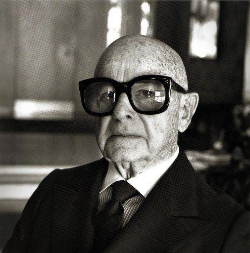 old man, big glasses,