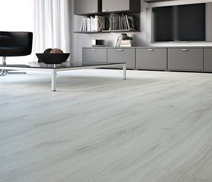 Suelo laminado premium roble white silk leroy merlin for Suelo laminado roble