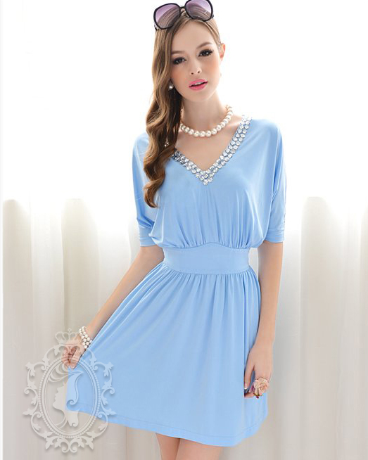 f7224f211 Vestido Azul Cielo manga al codo cuello V adornado