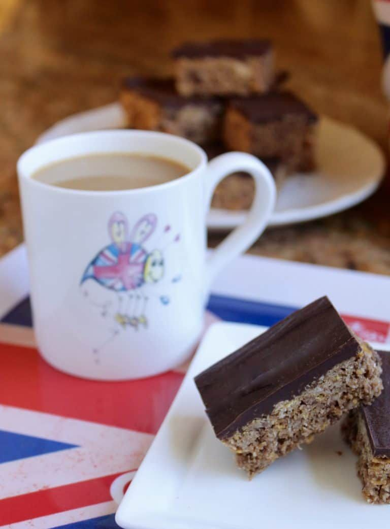 Australian crunch bars with a gluten free version from