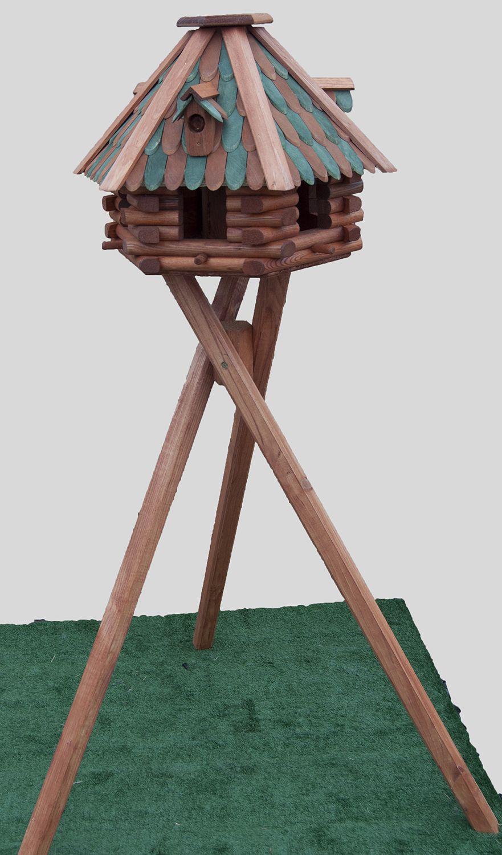How to Build a Bird Table photo