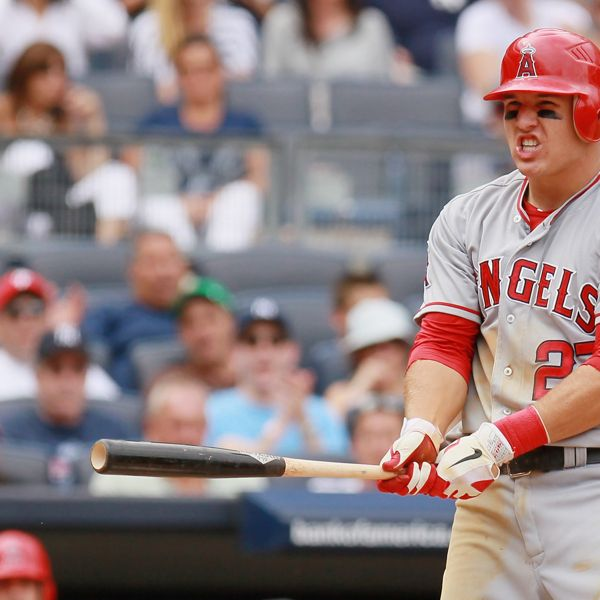 Los Angeles Angels Of Anaheim V New York Yankees Mike Trout Mike Trout Texas Rangers Baseball Baseball Live