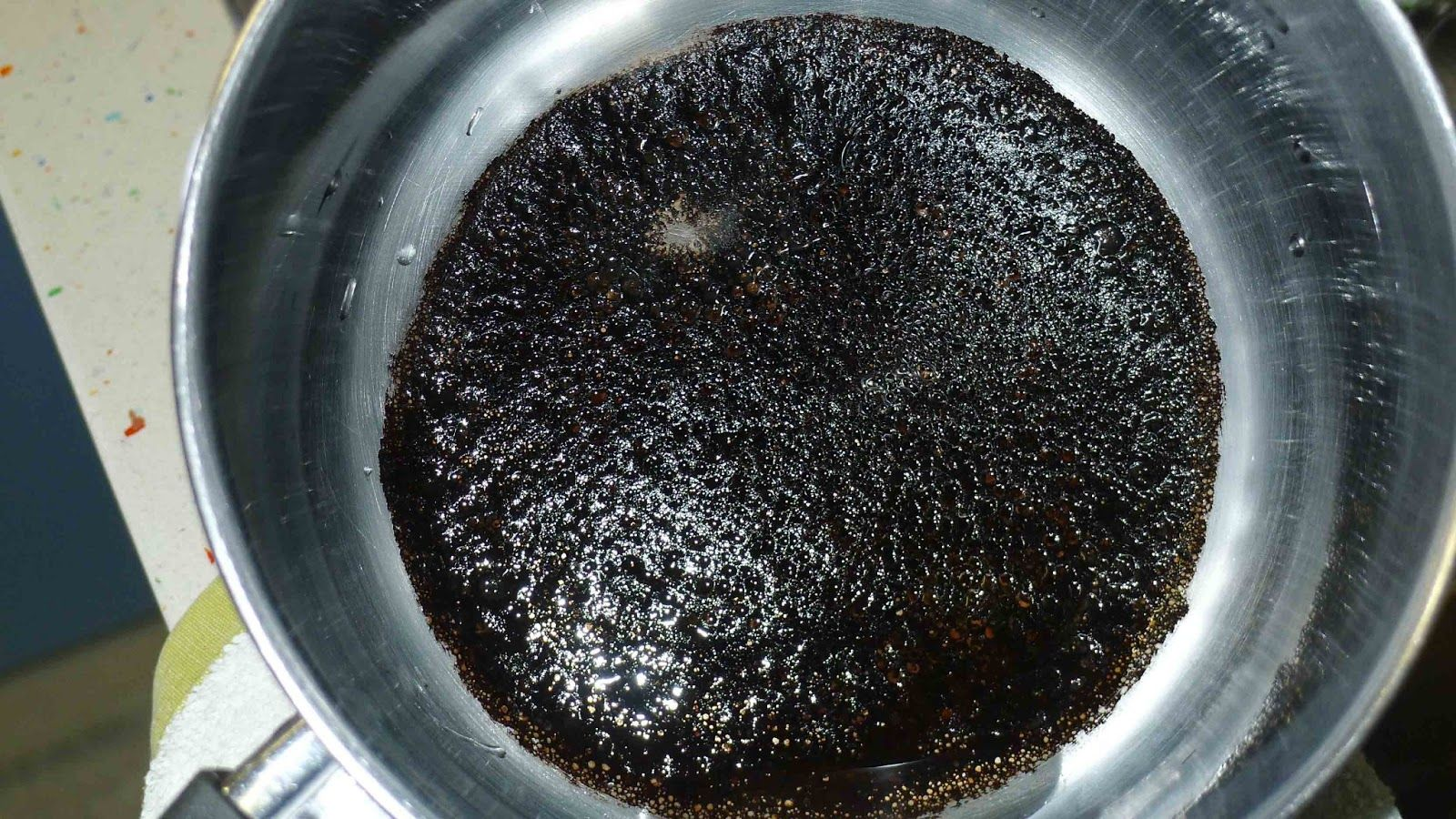 Cocina para estudiantes c mo limpiar y recuperar una olla - Como limpiar campana acero inoxidable ...