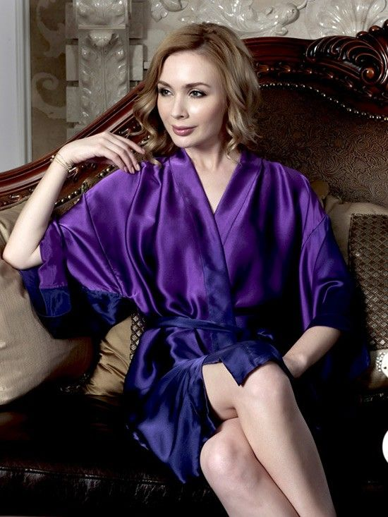 Crafted from incredibly soft silk, the pure silk robe for women is a luxurious must-have.