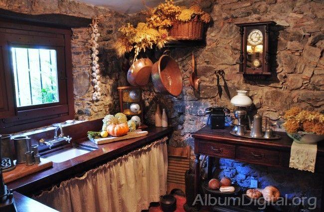 Pin de dedaleando en cocinas r sticas pinterest - Cocinas camperas rusticas ...