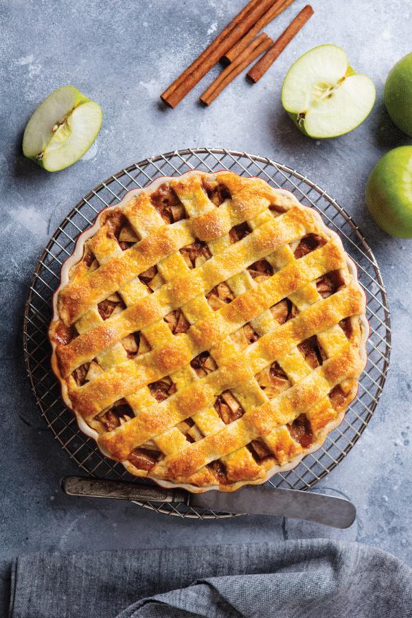 Classic Apple Pie Recipe In 2020 Classic Apple Pie Recipe Classic Apple Pie Apple Pie