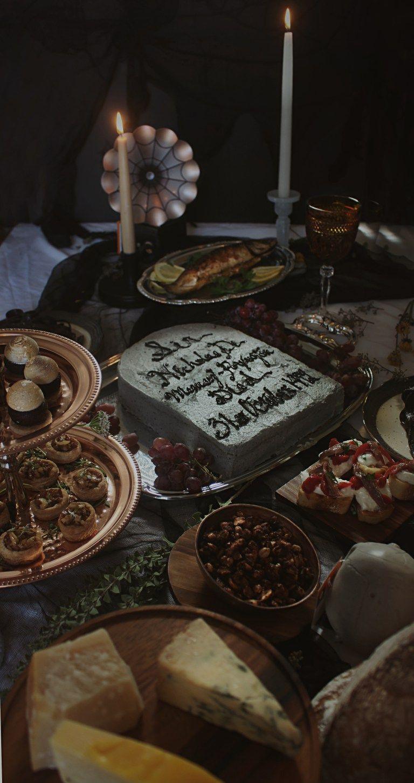 Harry Potter Sir Nicholas De Mimsy Porpington S 500th Deathday Feast Of Starlight Harry Potter Cake Cauldron Cake Harry Potter Food