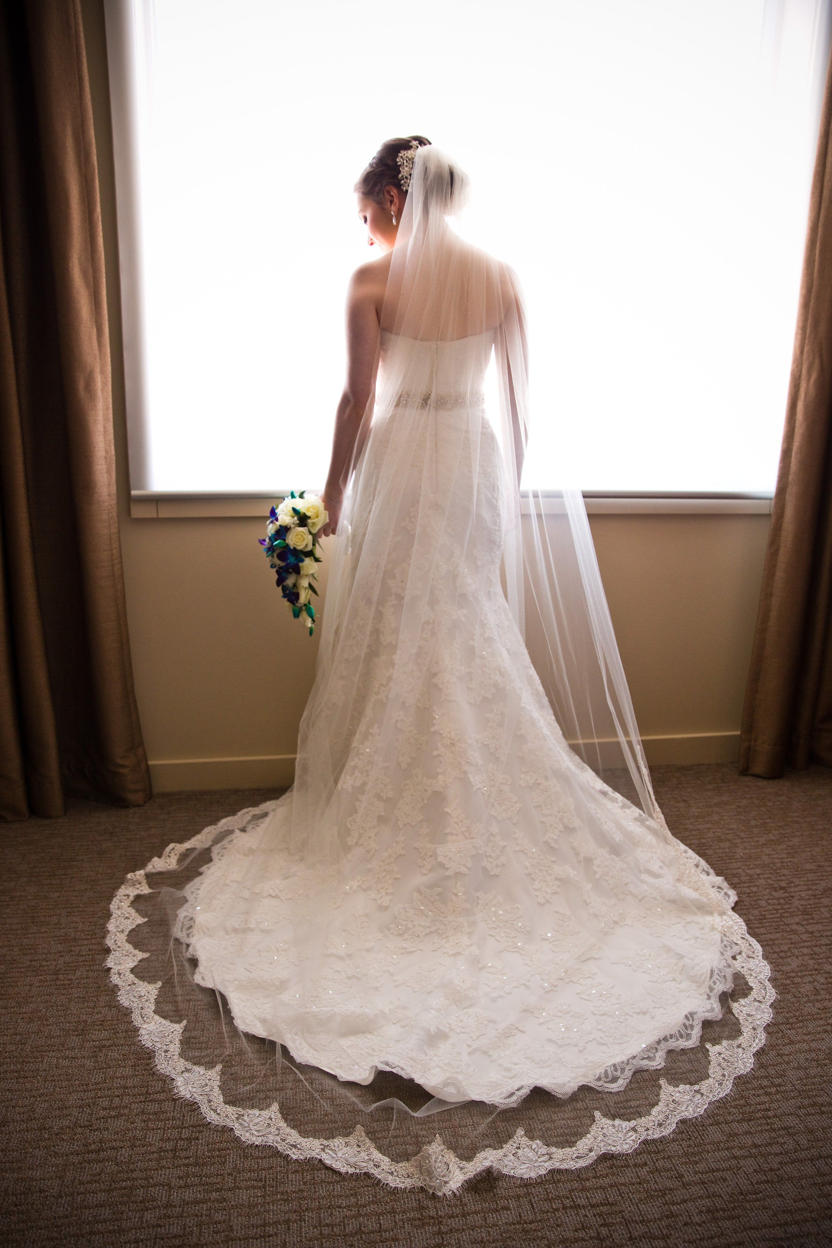 Faithful French Lace Cathedral Wedding Veil Wedding Veils Lace Tulle Wedding Veil Wedding Dresses Lace [ 4000 x 2667 Pixel ]