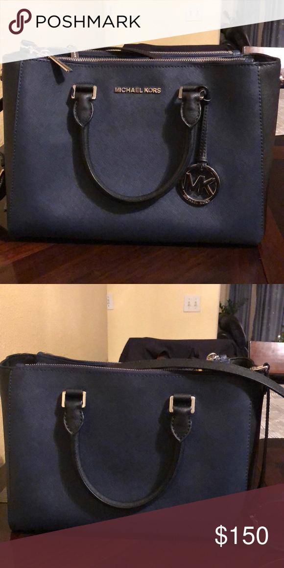 042eb271ca1f Spotted while shopping on Poshmark  A Michael Kors purse!  poshmark   fashion  shopping  style  Michael Kors  Handbags  Handbagsmichaelkors