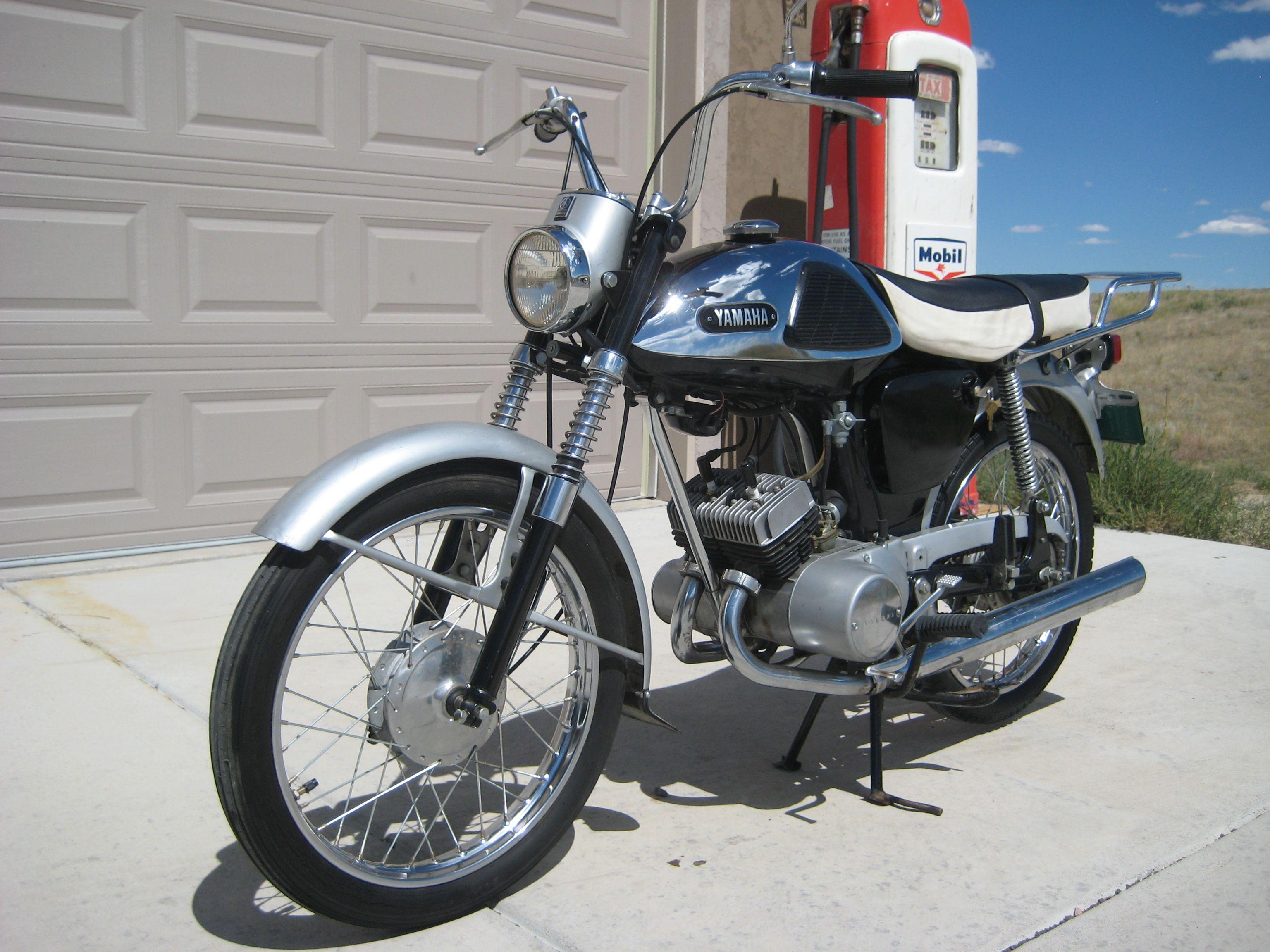 1966 Yamaha YL-1 Twin-Jet, 100cc 2 stroke engine w/4spd