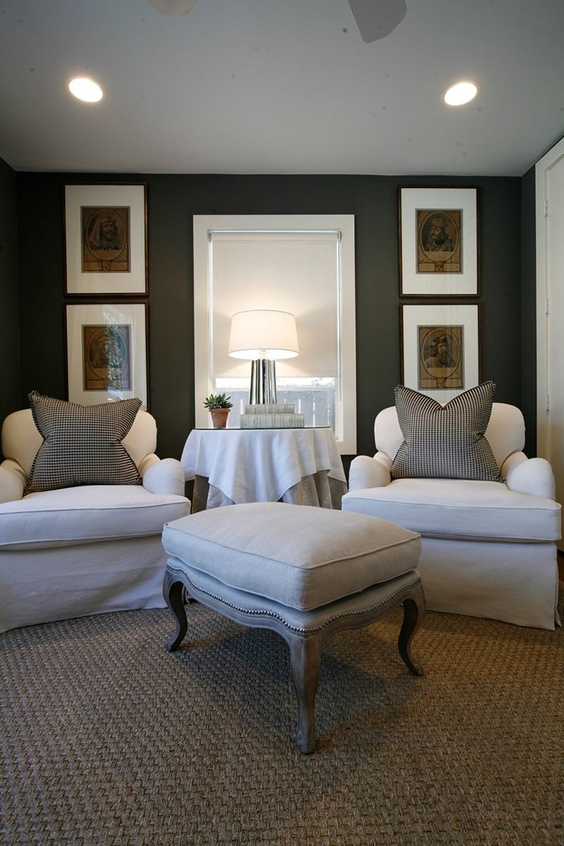 great chair sitting area idea for the bedroom!