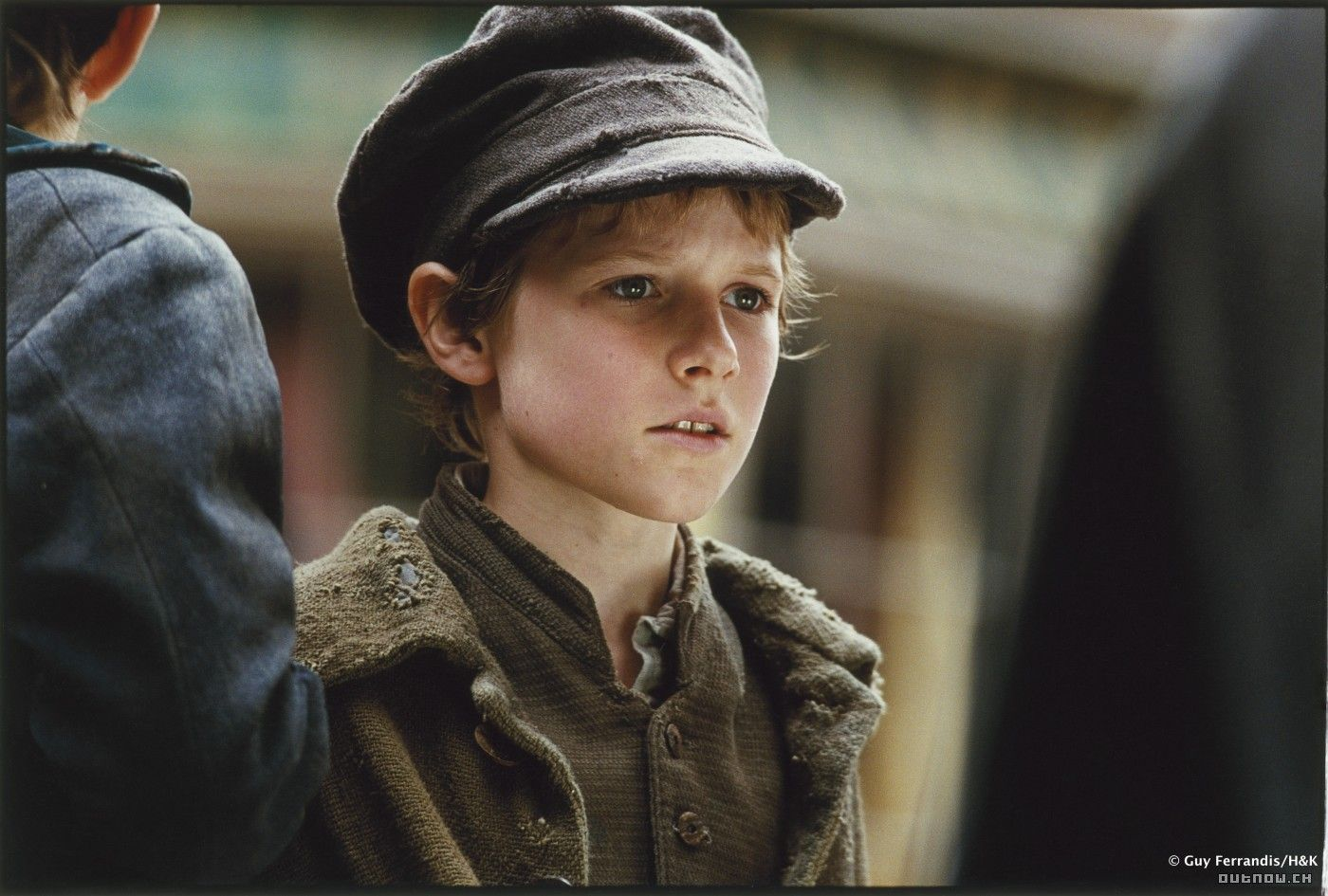 17 best images about oliver twist a summary the 17 best images about oliver twist a summary the two oliver twist and to tell