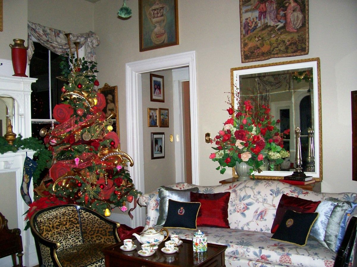 Luxury Christmas Living Room Decor
