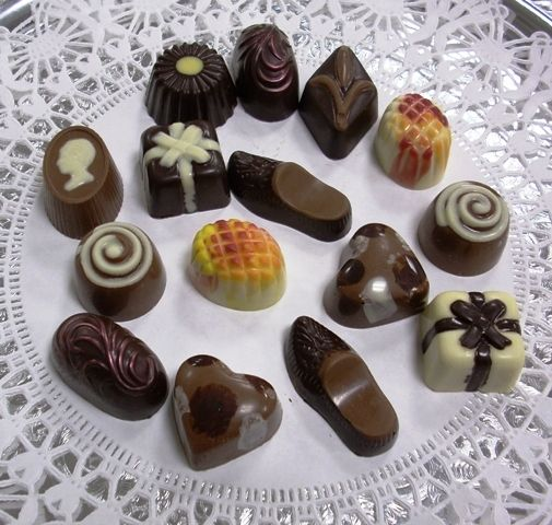 New Short Holiday Article December 28th Is National Chocolate Candy Day News Bubblews Chocolate Craving Chocolate Cravings
