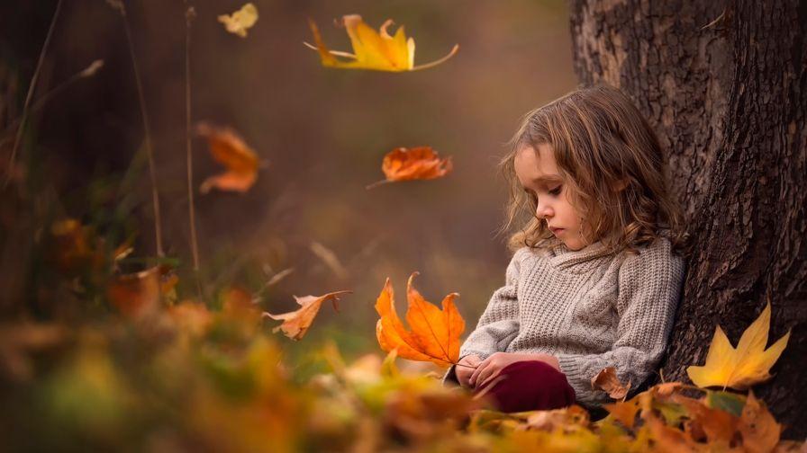 beautiful small girl hd wallpaper download high definition
