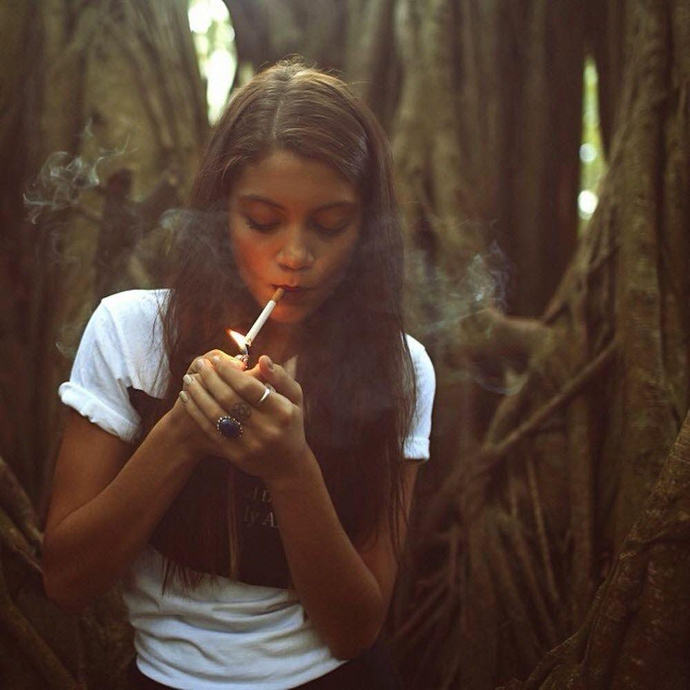 молодые курящие девушки фото фотографий анального