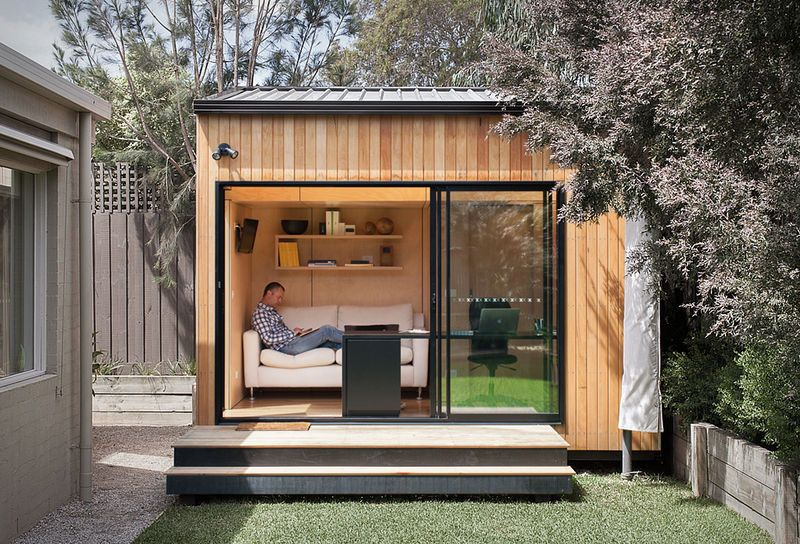 The Best Prefabricated Outdoor Home Offices Designs Backyard Office Backyard Studio Prefab Sheds