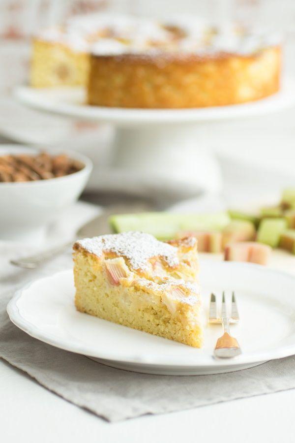 Low Carb Rhabarberkuchen Ganz Einfach Und Sehr Lecker Rezept Mit Bildern Rhabarberkuchen Rhabarber Zuckerfreie Desserts