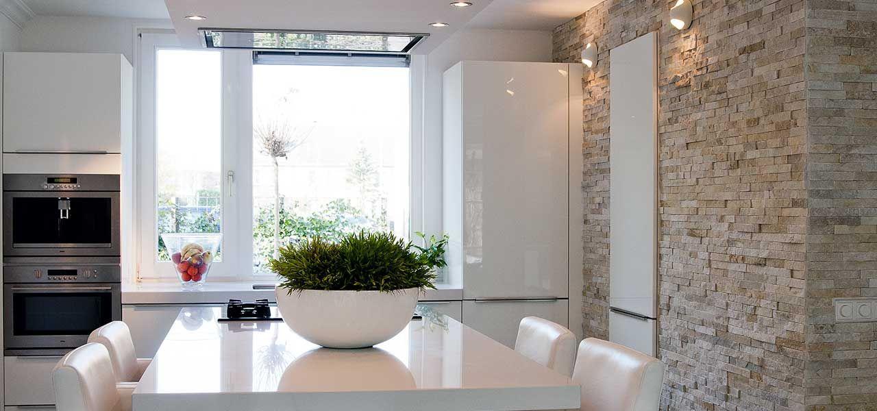 Barroco Natuursteenstrips, Steenstrips, Glamour Gold, Wand In Moderne Keuken