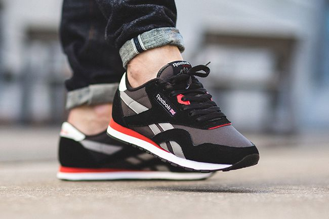 reebok classic black and red, OFF 71