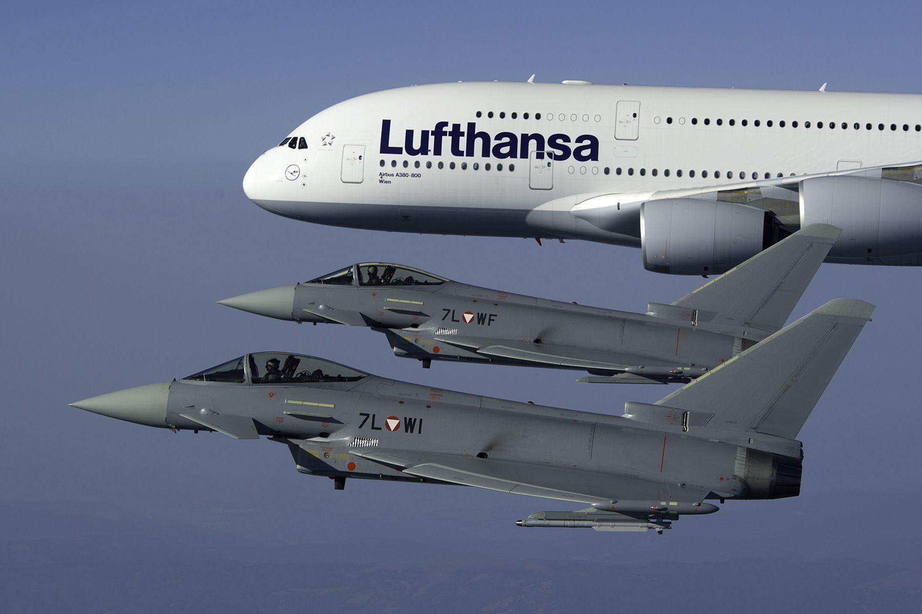 Pin Von Pan Pin Auf Fly Lufthansa Technik Luftfahrt Und