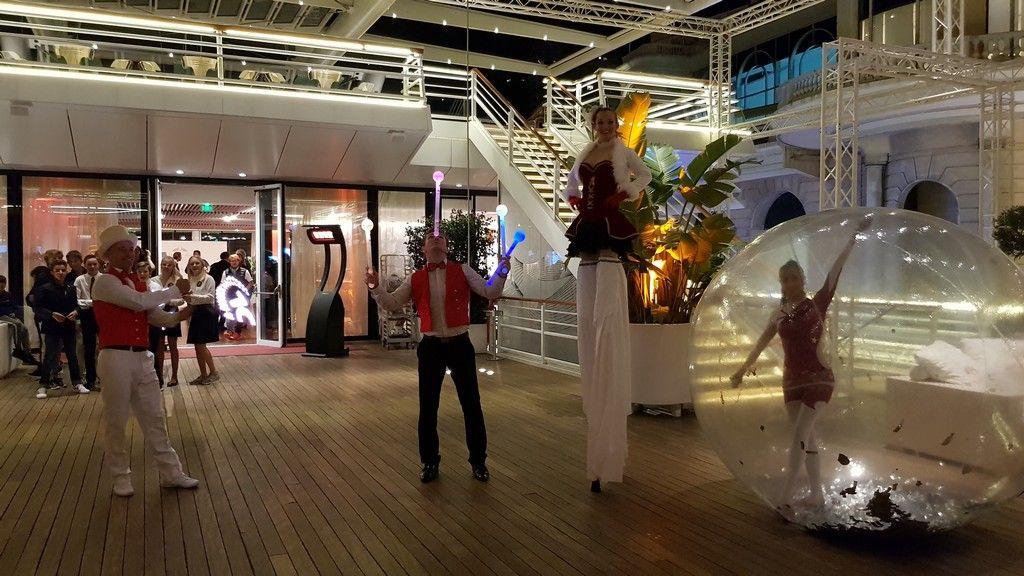 Soiree Voile Au Yacht Club De Monaco Eklabul Evenement Agence Artistique Monaco Marseille Nice Cannes Https E Yacht Mariage Cirque Agence Artistique