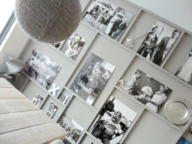 Wat een leuk idee voor een saaie muur de latjes zijn op de muur