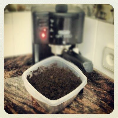 yonolotiraria: Abono gratis con café!