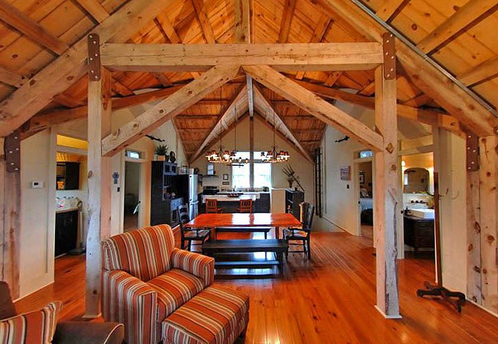 Post Beam Barn Home Interior Sand Creek Post Beam Barn House Interior Small Barn Home Barn Style House